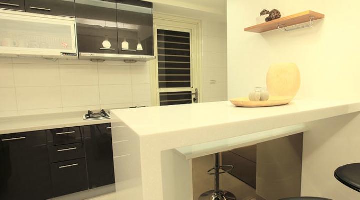 黑白简约装修厨房吧台设计