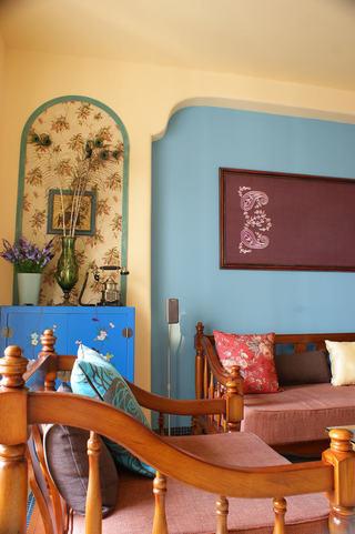 多彩东南亚风情 客厅背景墙设计
