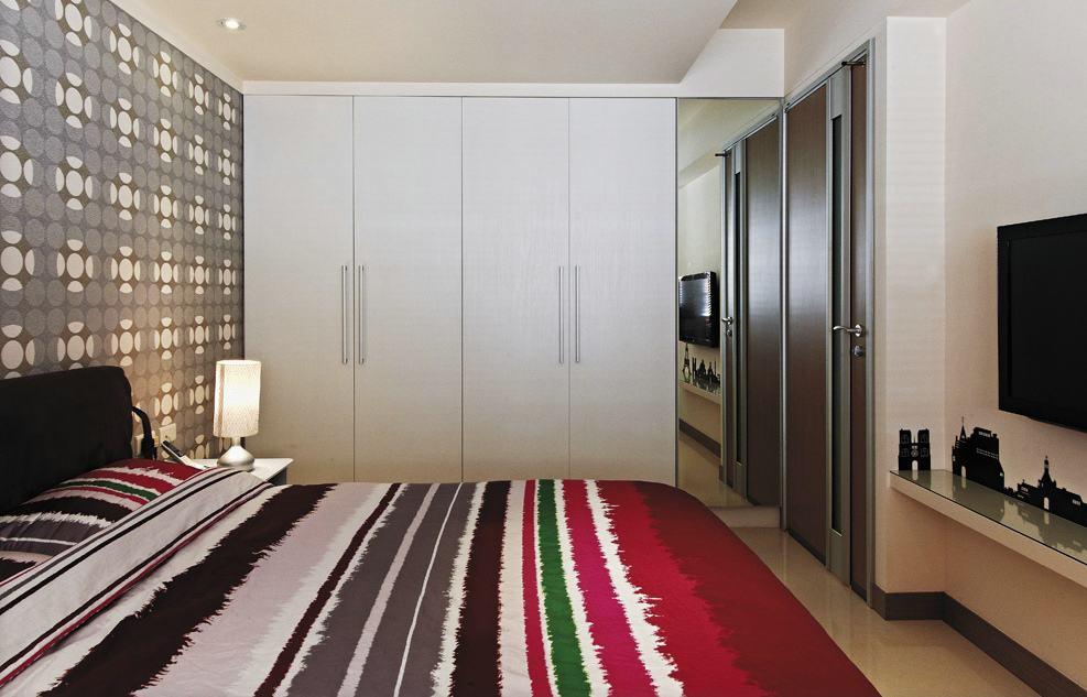 现代家装卧室衣柜设计