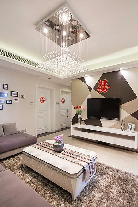现代两居新房客厅灯饰欣赏
