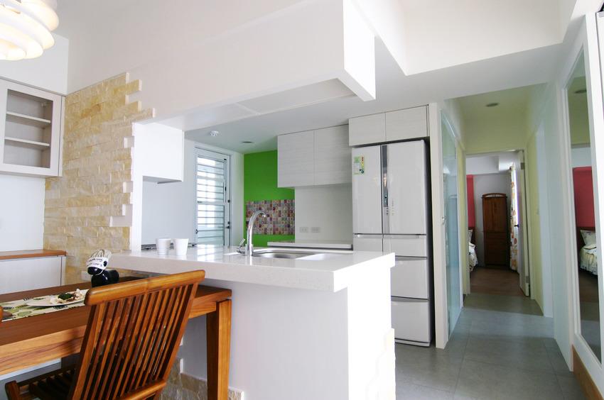 白色简约家居吧台设计