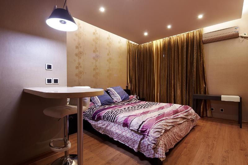 现代家装卧室吧台设计