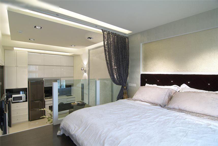 时尚现代loft卧室玻璃护栏设计