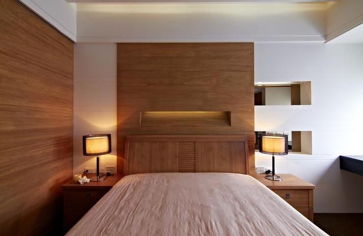 实木现代卧室家装效果图