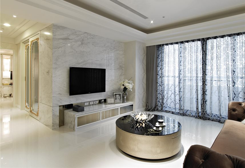 大气欧式风格客厅大理石电视背景墙装饰图