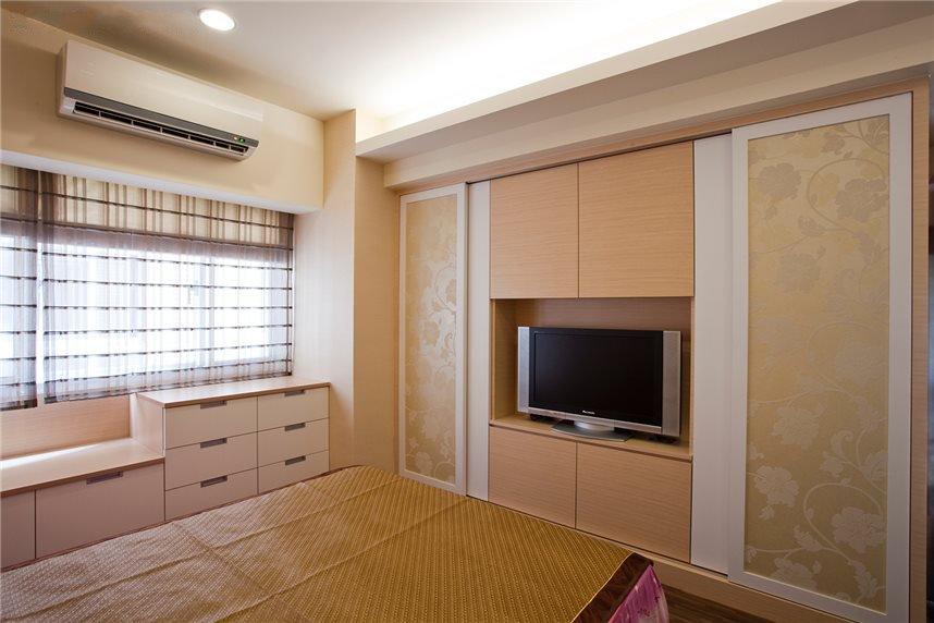 日式简约卧室电视柜设计