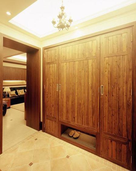 复古美式家居实木衣柜设计