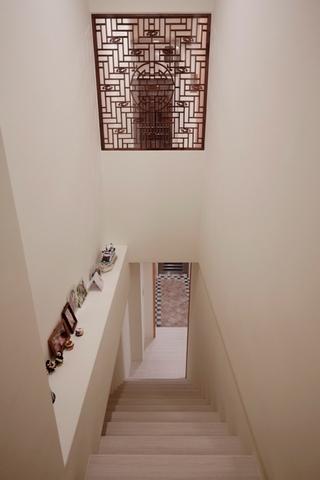 家装现代复式楼梯设计装修借鉴图