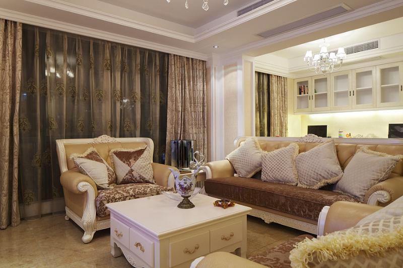 华丽欧式客厅窗帘效果图