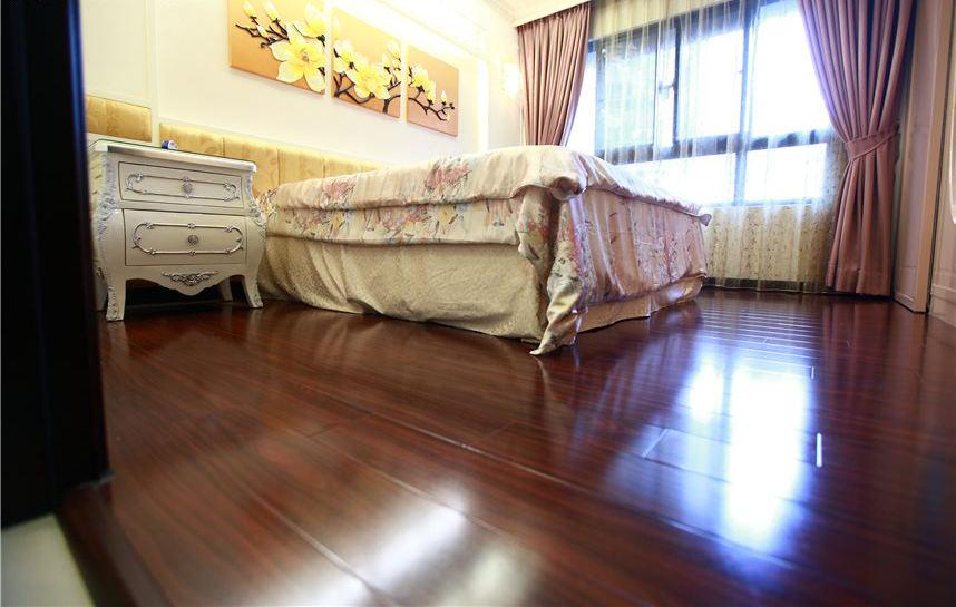 简欧卧室实木地板效果图