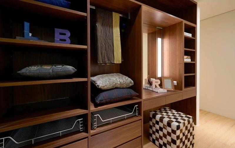 咖色宜家衣帽间 实木衣柜设计
