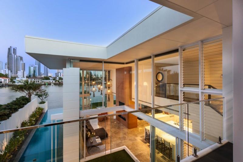 时尚潮流现代风别墅玻璃外墙设计