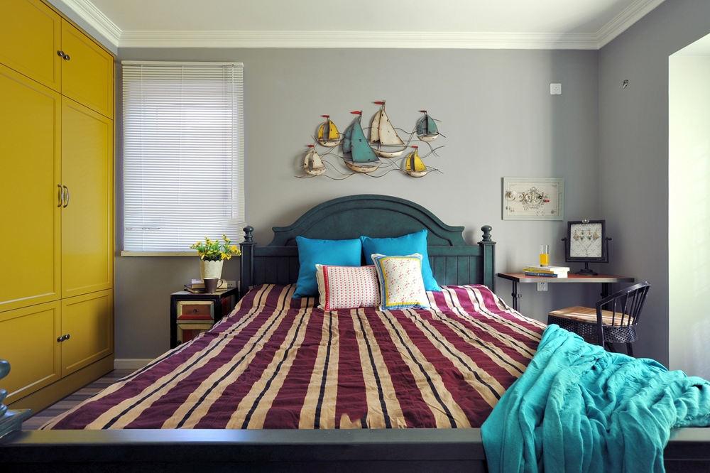 靓丽色彩混搭卧室借鉴