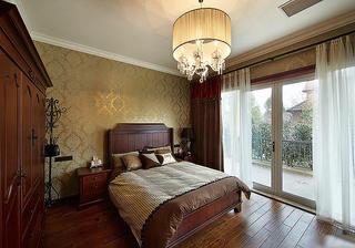 金碧辉煌美式卧室背景墙设计