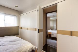 时尚创意卧室简约隐形门设计装修图