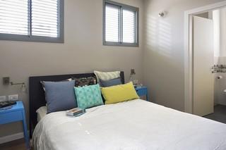 简约现代风卧室窗户效果图