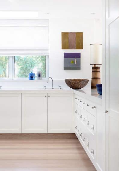白色时尚简约厨房装饰效果图