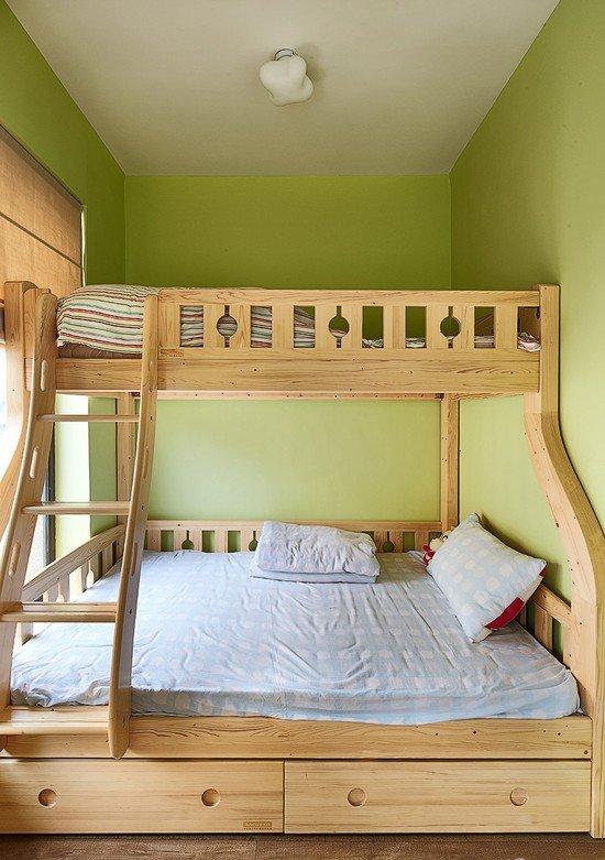 现代田园风儿童房实木床装饰