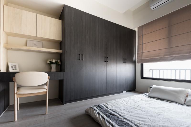时尚现代卧室实木衣柜设计