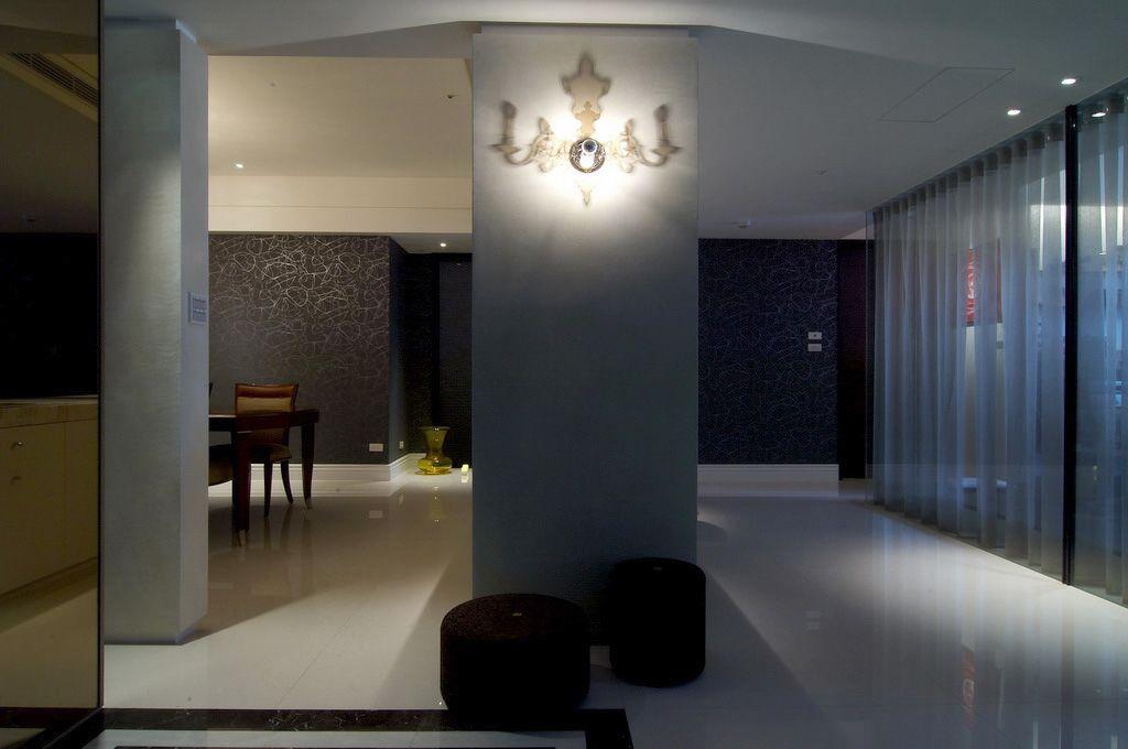 现代时尚家居隔断墙设计