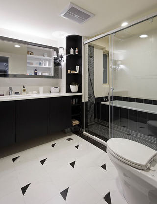 黑白简约2平米家装卫生间隔断装修效果图
