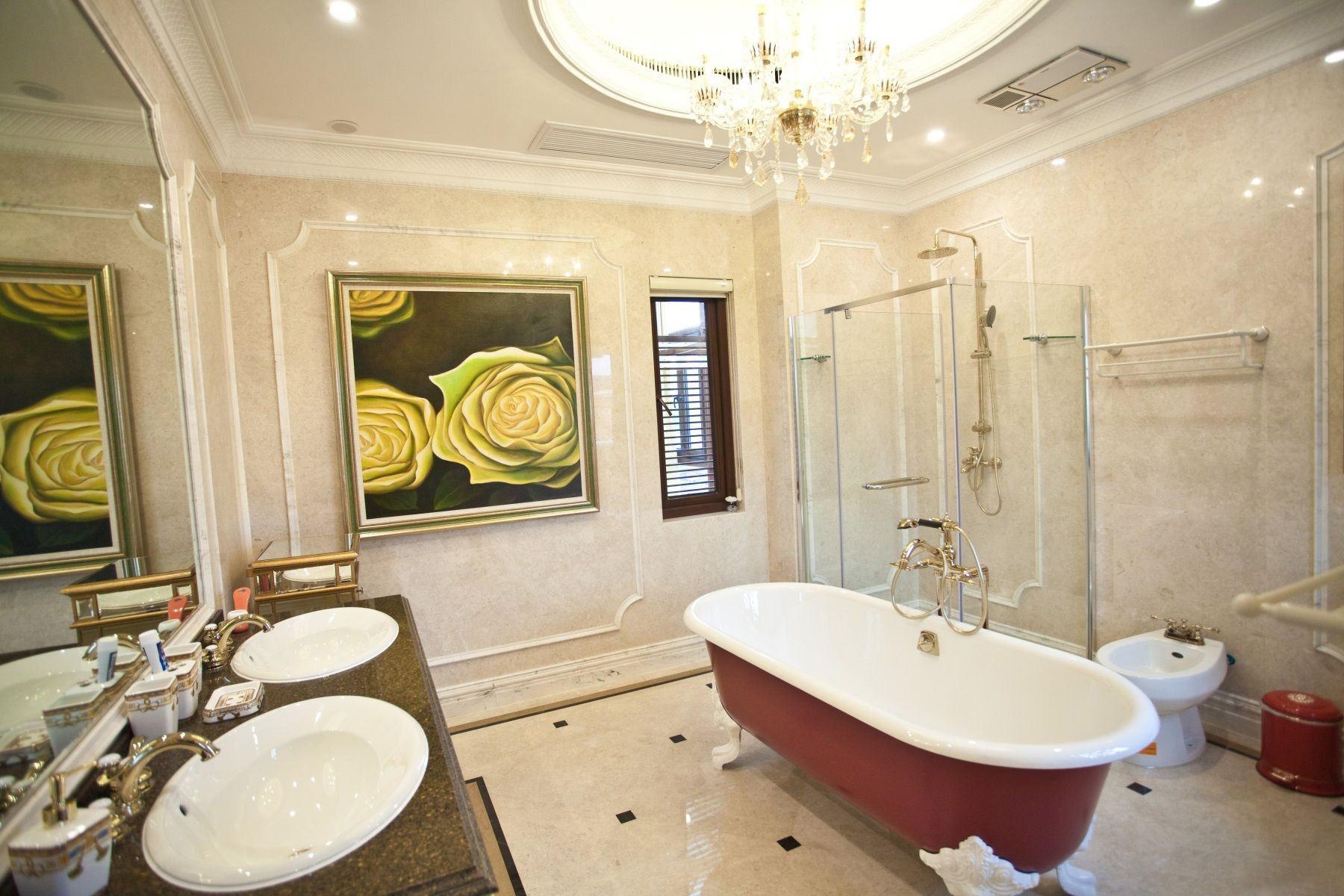 浪漫豪华欧式风格卫生间装修效果图