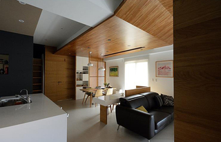 家装室内现代原木吊顶效果图