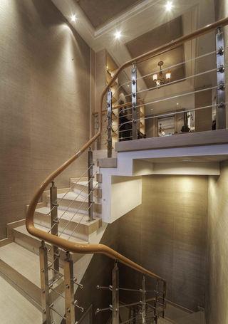 浅咖啡色现代复式楼梯装修