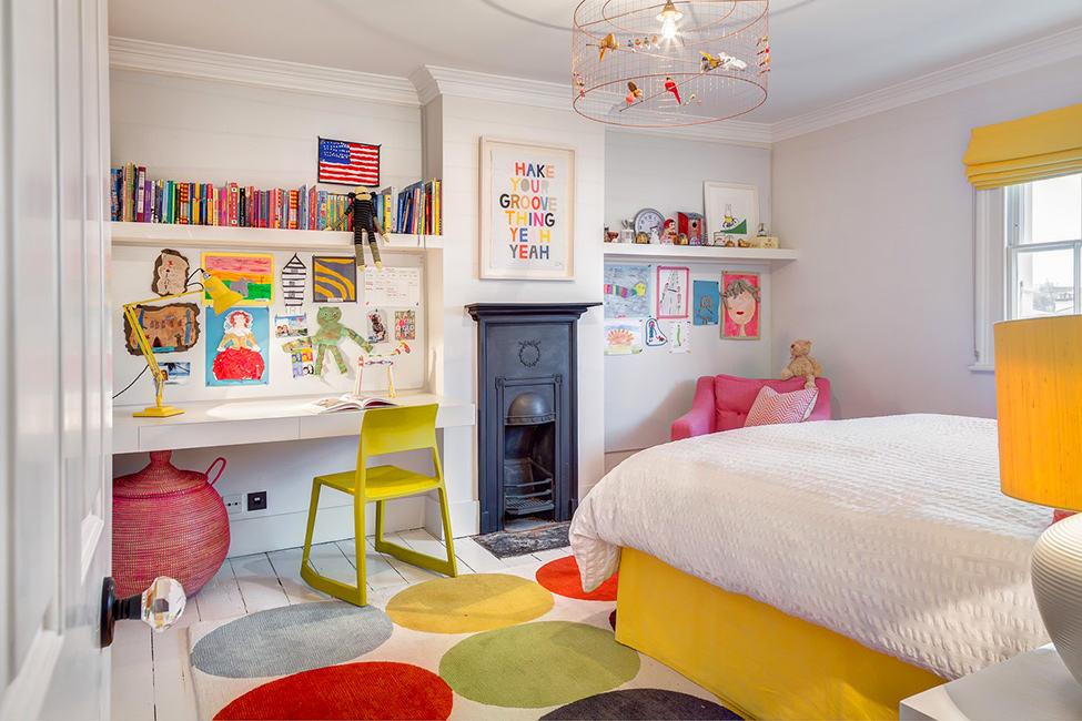 靓丽色彩混搭儿童房装饰图