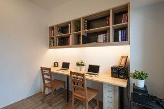 现代家装书房墙面书架设计