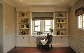 白色简欧式书房整体书柜设计