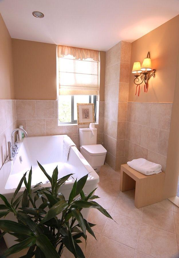 温馨时尚现代家装卫生间壁灯装饰效果图