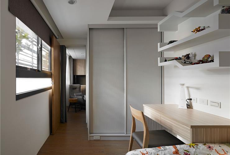 简约现代卧室衣柜设计