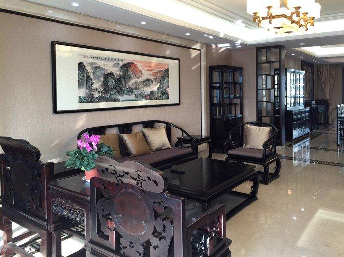 典雅新中式客厅 雕花实木沙发设计