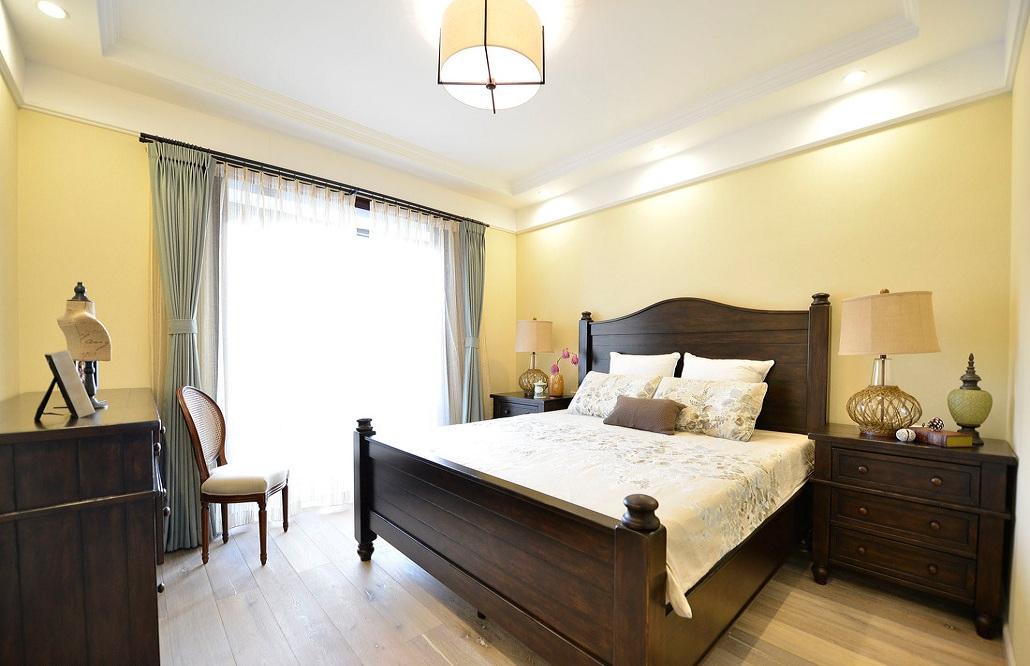 清新浅黄色 美式卧室设计