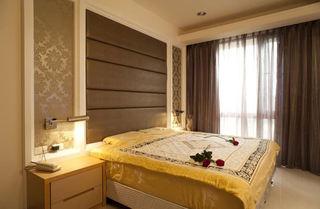 时尚现代装修卧室窗帘效果图