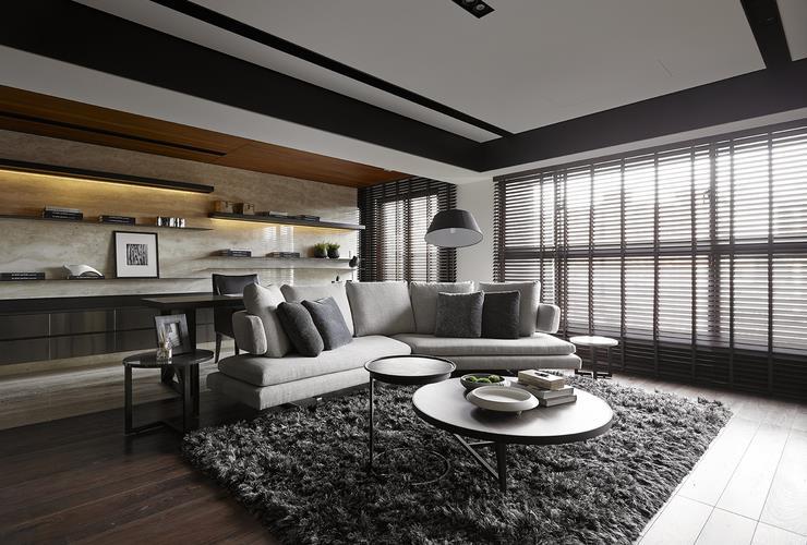 现代公寓室内黑色家居装饰图