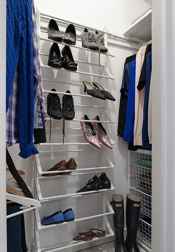 时尚现代家装衣帽间鞋架设计