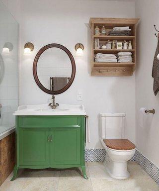 北欧小卫生间墙面置物柜设计