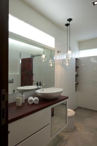 清新简约现代风卫生间洗手台设计
