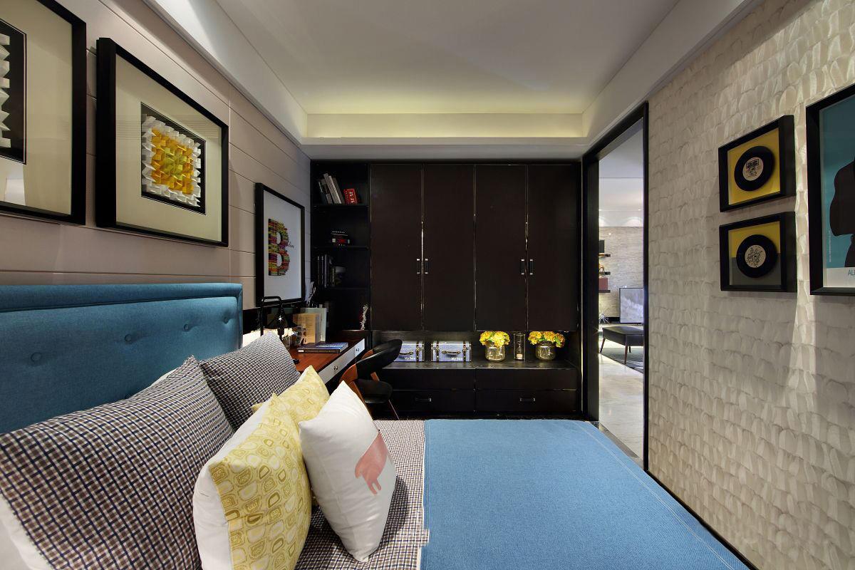 时尚美式后现代卧室吊顶效果图