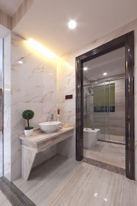 现代家装卫生间隔断装修设计