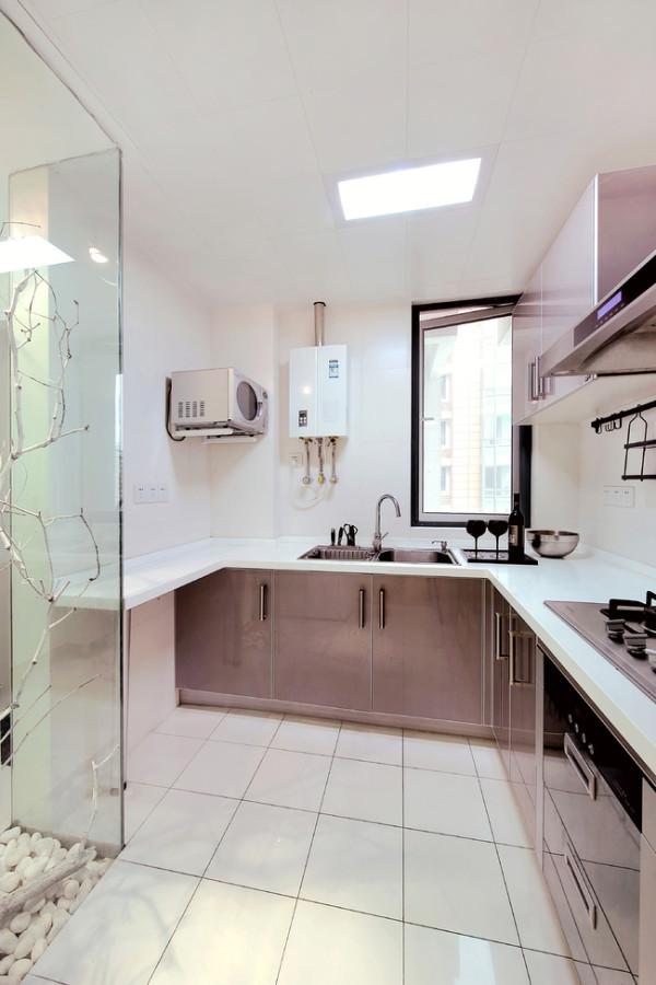 简约现代厨房装潢效果图
