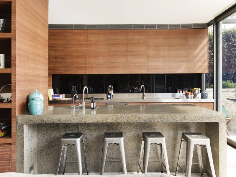 经典美式厨房石英石吧台装饰效果图