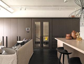 现代艺术特色简单线二居室效果图
