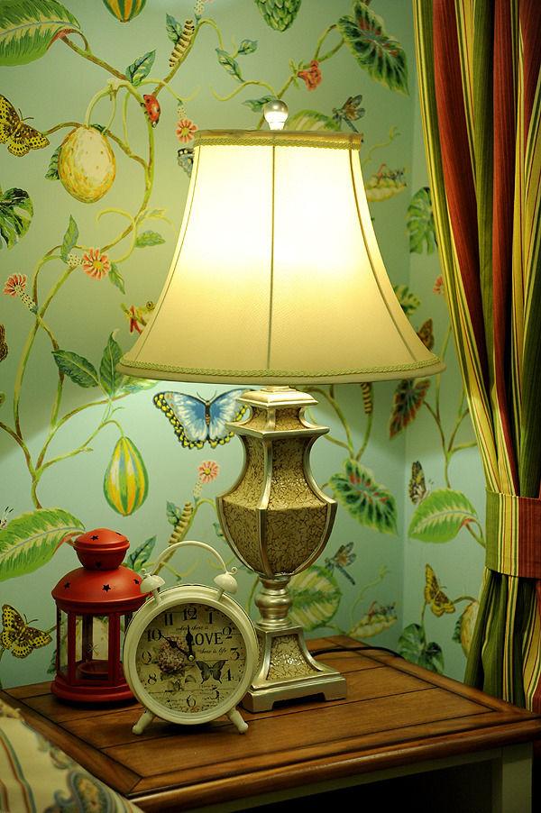 清新自然田园风格家居室内台灯装饰图