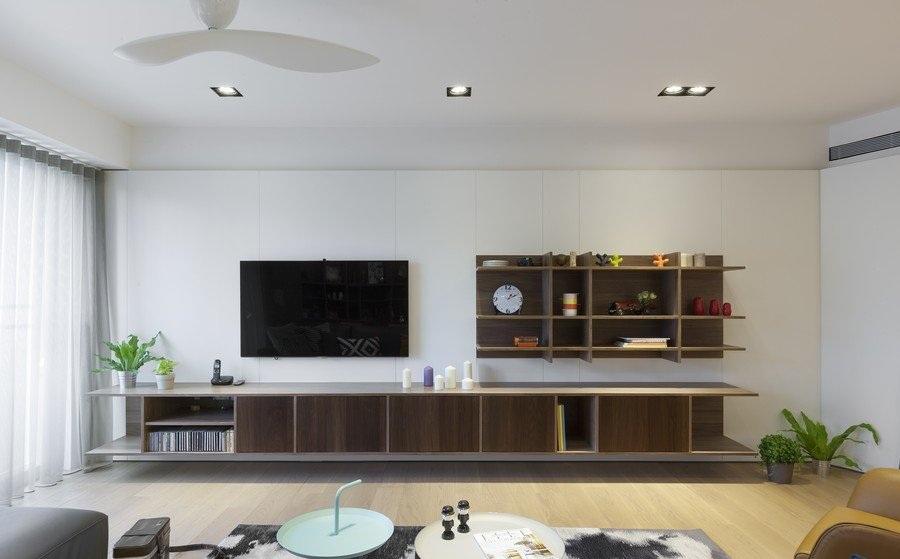 咖色系现代简约风格客厅实木电视柜设计