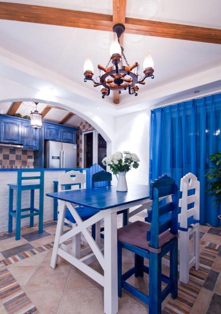 深蓝色地中海风格餐厅吊灯装饰效果图