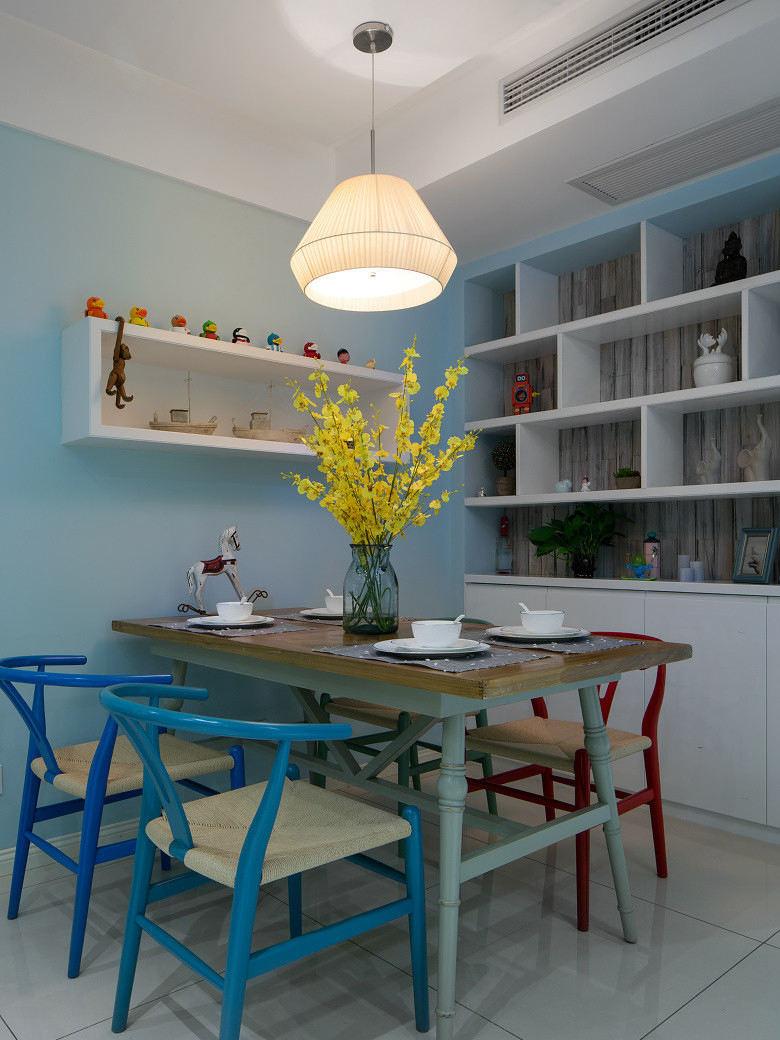 简约现代小户型餐厅设计
