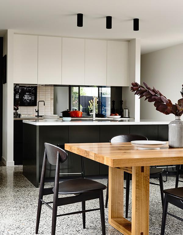 黑白简约美式开放式厨房餐厅设计